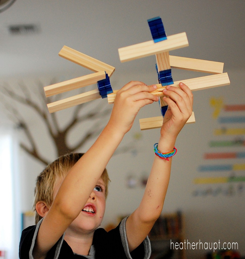 BionicBlox - Soar high with these engaging STEM toys for kids!
